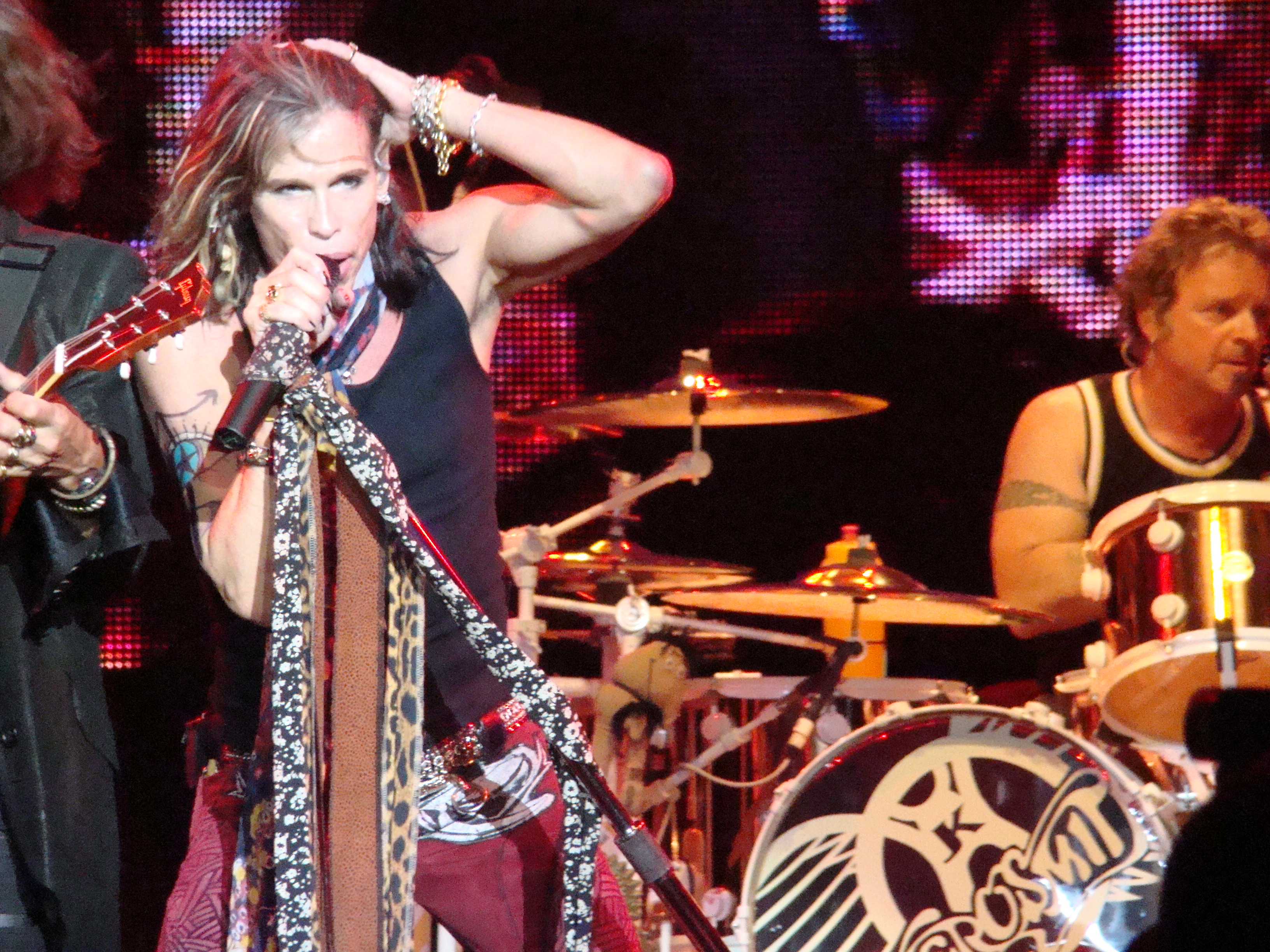 aerosmith summary Aerosmith was one of the most popular hard rock bands of the '70s, setting the style and sound of hard rock and heavy metal for the next two decades with their.
